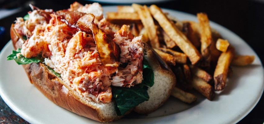 Provincetown lobster roll
