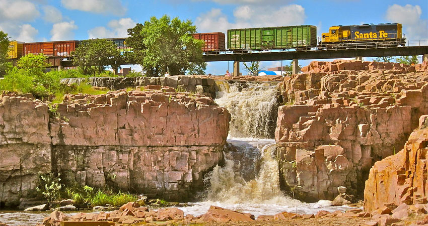 15 Best Things to Do in Sioux Falls in 2019