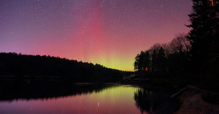 where to see the Northern Lights from Maine